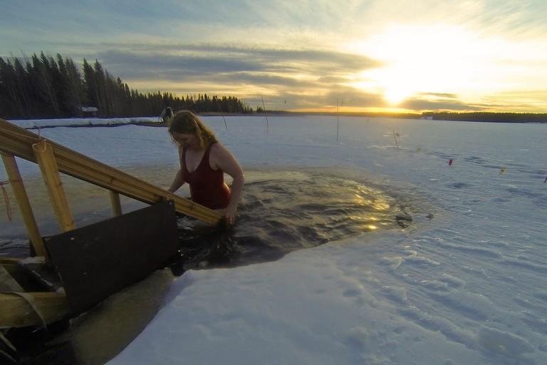 Ice swimming / Visit Lakeland / Flickr