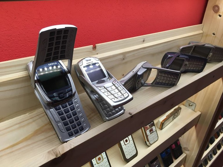 The revolutionary Nokia 6800 is one of the unique design models in the museum