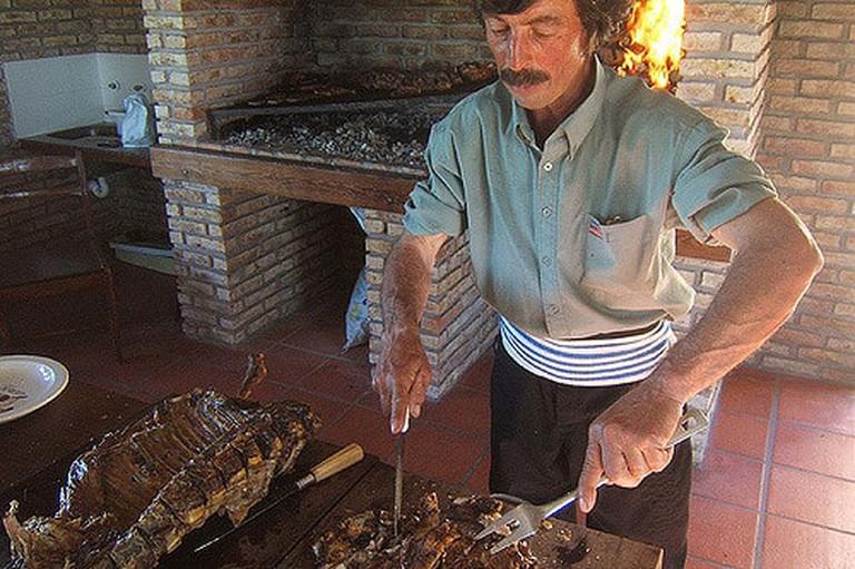 Cutting up and asado, Uruguay