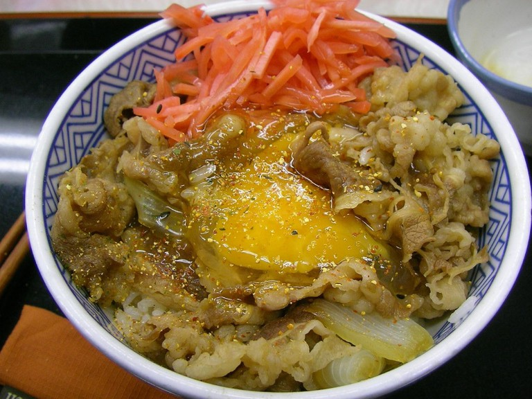 Gyudon from discount chain restaurant Yoshinoya