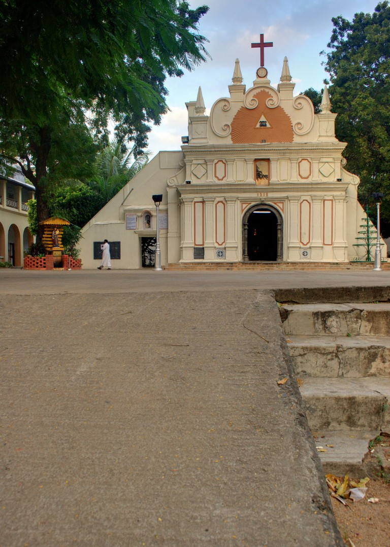 Just a mile away from St. Thomas Cathedral Basilica is Luz Church