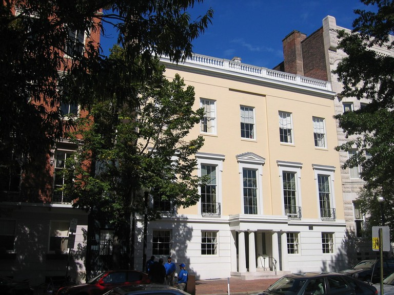 Example of Greek Revival Style in Baltimore | © Eli Pousson/Flickr