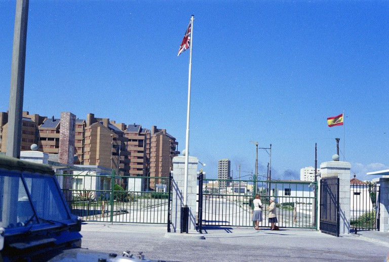 The Gibraltar-Spain border in 1977, closed by Franco in 1969; Elmar, flickr