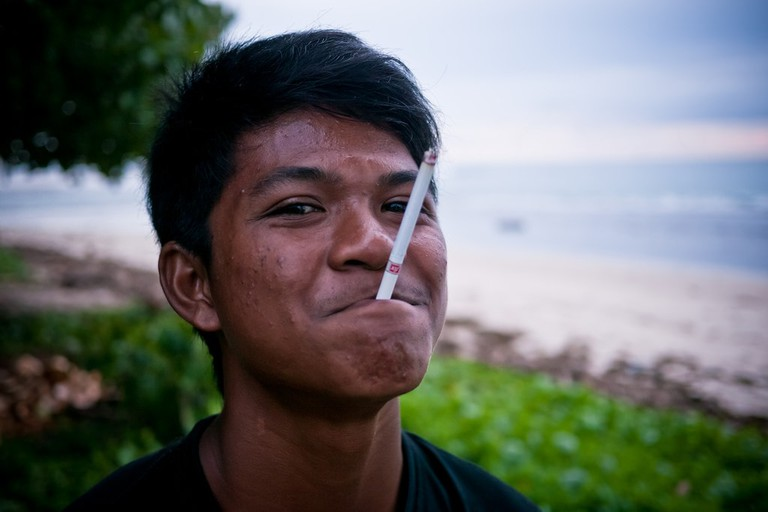 Indonesian teenager with a cigarette   © Roman Königshofer/Flickr