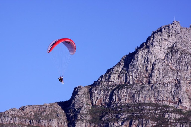 Paragliding conditions are often optimal in winter