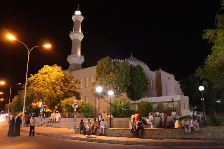 People by Nizwa Mosque