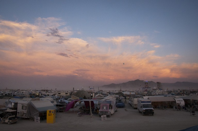 Sunrise over Burning Man |© Hawaii Savvy / Flickr