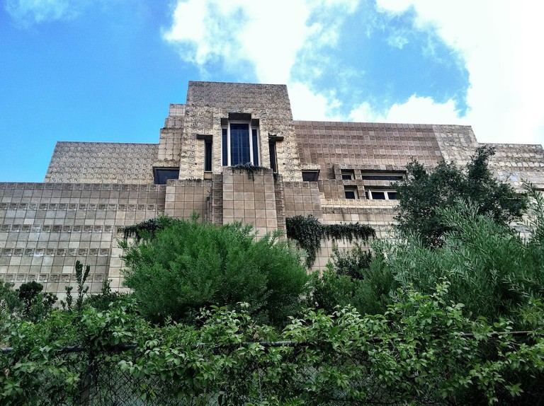 Ennis House | © evdropkick/Flickr