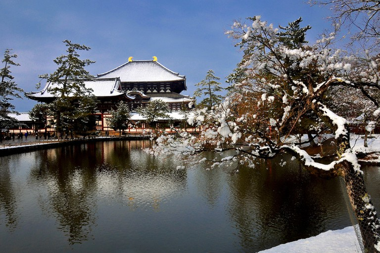 Todaiji in snow