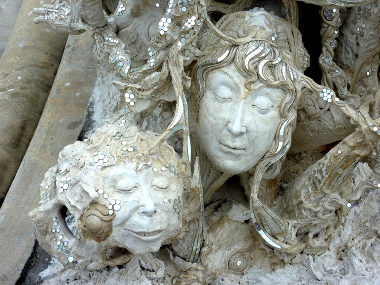 Faces at the White Temple