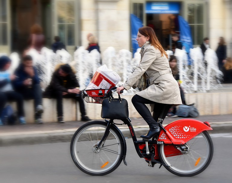 Cycling the boulevards of Lille