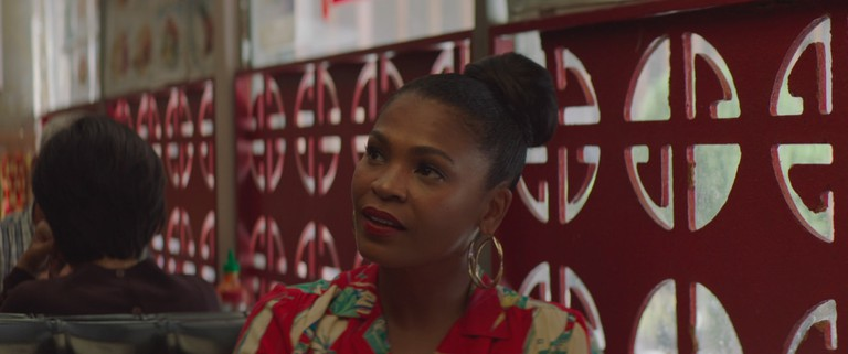 Cleo (Nia Long) in Lemon