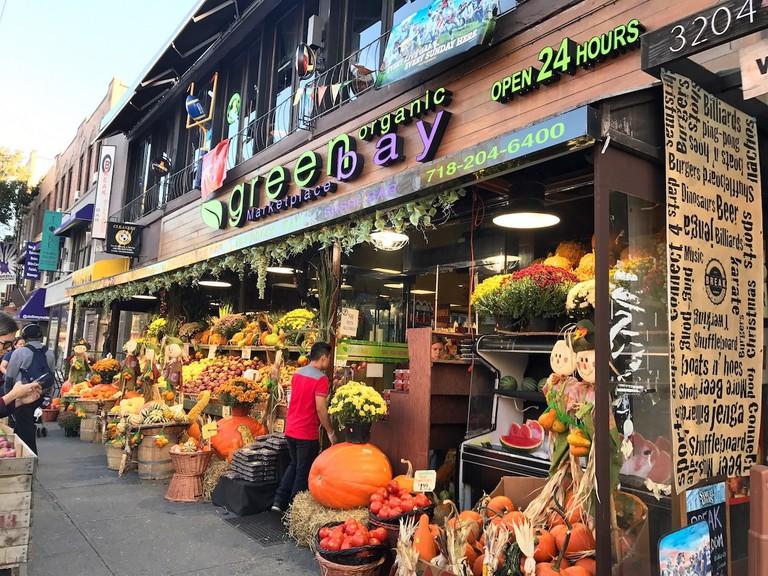 Greenbay Marketplace | © Nikki Vargas