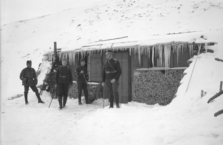 Swiss officers guard the Umbrail Pass in WWI. Protecting neutrality required a show of force.