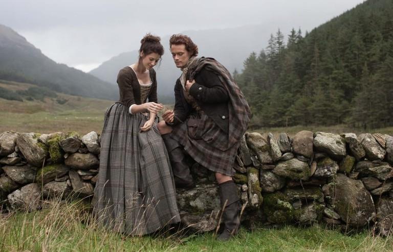 Caitriona Balfe and Sam Heughan in Outlander