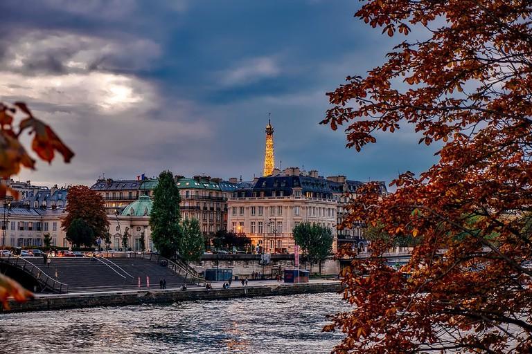 Paris in autumn CC0 Pixabay