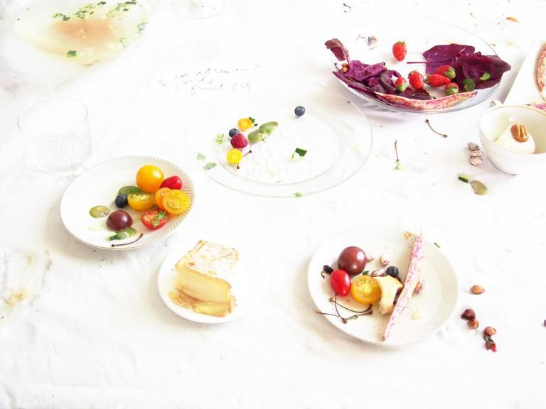 From Saito's series Petit Déjeuner Royal pour les Early Risers