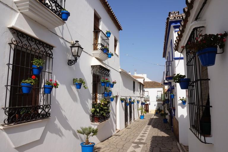 A typical street in Estepona's old town; courtesy Encar Novillo