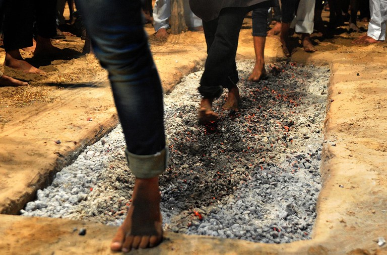 Shia Muslims walk on coals during mourning for Imam Hussein | © Prabhat Kumar Verma/ZUMA Wire/REX/Shutterstock