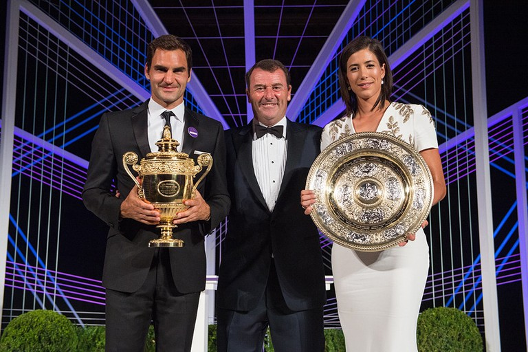 Philip Brook with the 2017 Men's and Ladies champions, Roger Federer and Garbiñe Muguruza | © REX