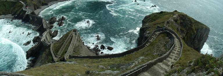 San Juan de Gaztelugatxe, Basque Country | ©Garbhan Power / Wikimedia Commons