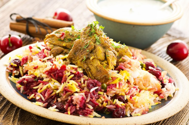 Persian Albaloo polo with sour cherries and chicken | © hlphoto/Shutterstock