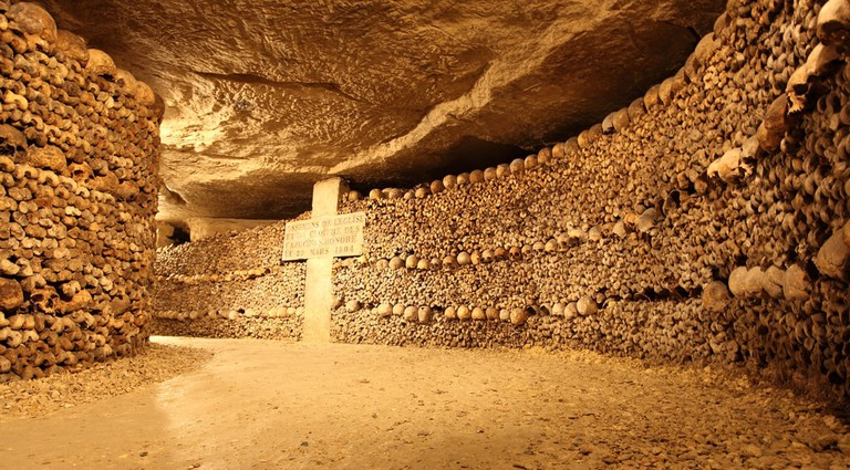 Paris Catacombs | ©  Wyatt Rivard / Shutterstock