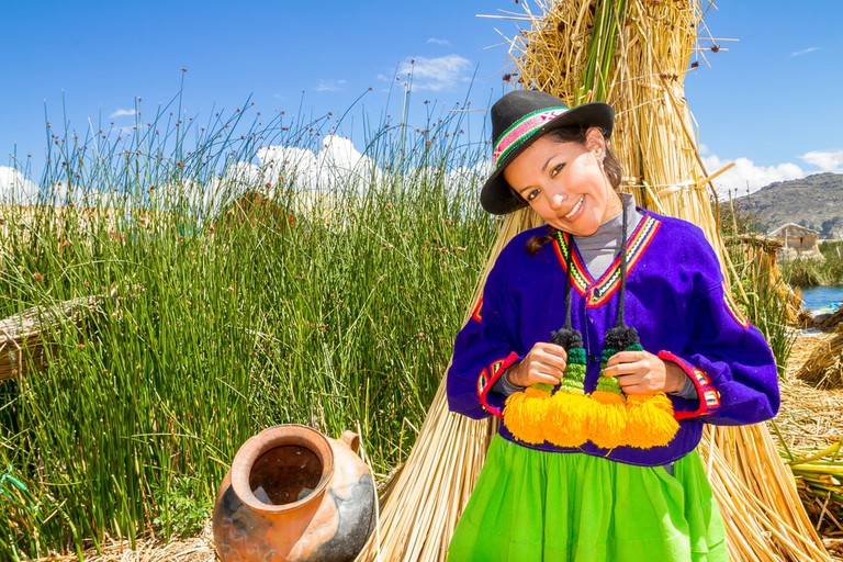 Traditional clothing uros islands