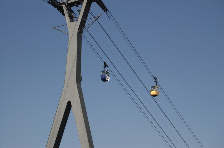 Cologne Cable Car Crossing | © city100/Shutterstock