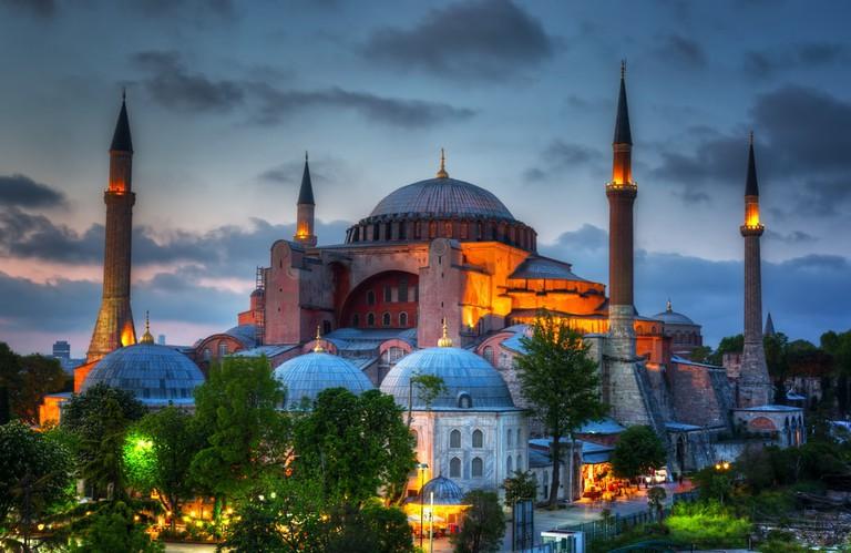 Hagia Sophia in Istanbul   © Shchipkova Elena/Shutterstock