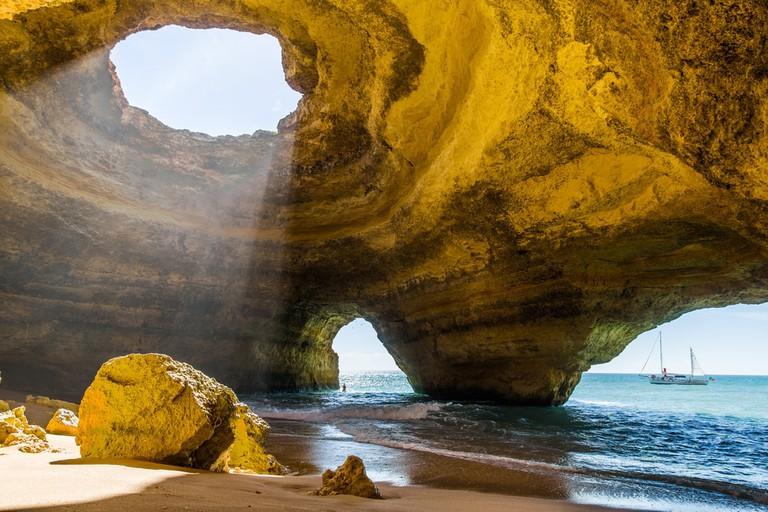Benagil cave in the Algarve, Portugal | © IURII BURIAK/Shutterstock