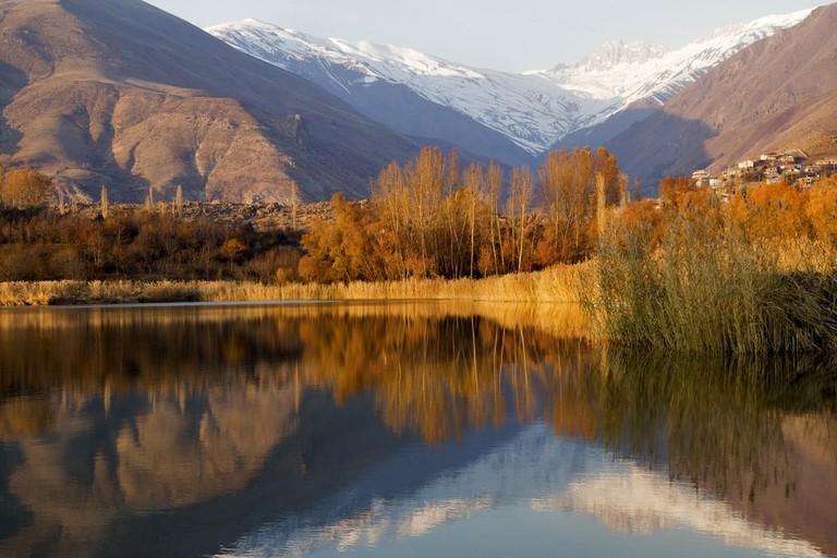 Lake Alamut Region, Iran | © umut rosa/Shutterstock