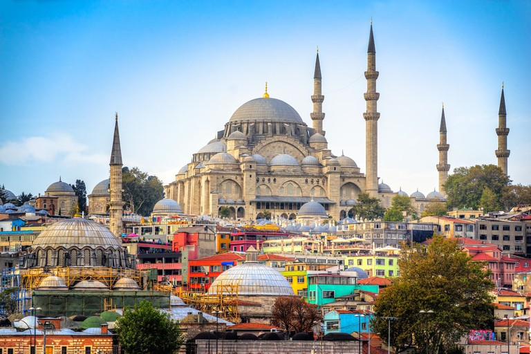 Suleymaniye Mosque in Istanbul   © Luciano Mortula – LGM/Shutterstock