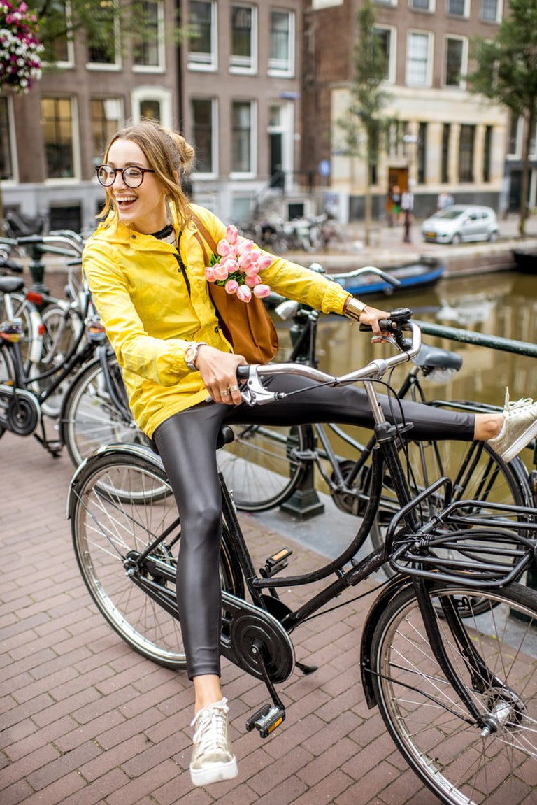 Be like the dutch and grab a bicycle | © RossHelen/Shutterstock