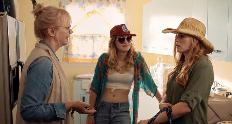 Grandma (Shelley Long), Emma (Hope Lauren), and Millie (Emma Bell)