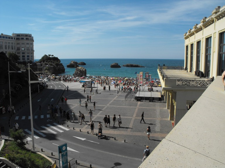 Welcome to Biarritz|