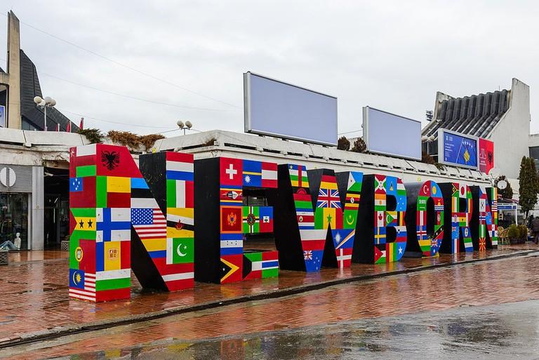 The New Born Monument in Pristina, Kosovo | © Arild Vågen/WikiCommons