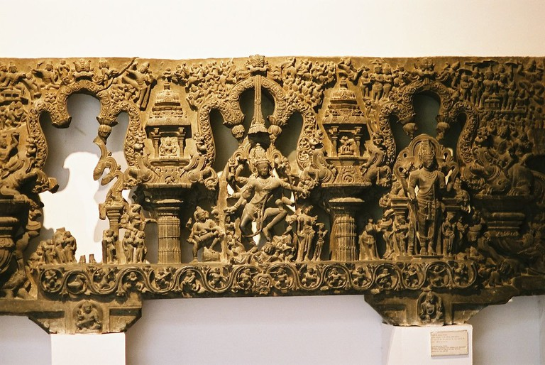 https://commons.wikimedia.org/wiki/File:Relief_at_National_Museum,_New_Delhi.jpg
