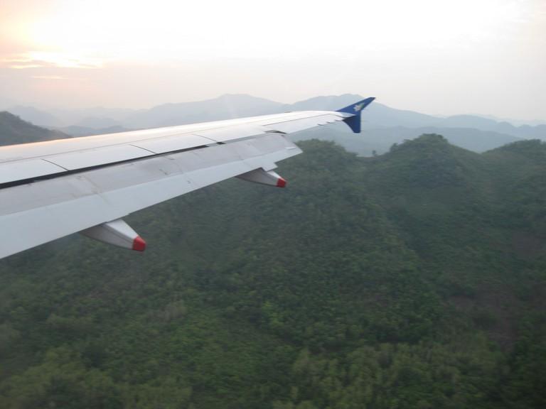 Flying Over the Mountains | © S. Shankar/Flikr