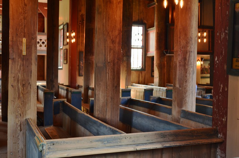 Lom stave church interior