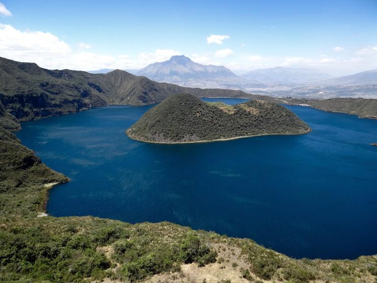 Lac du cratère Cuicocha (3 246 m) – Volcan/Caldeira d'Équateur