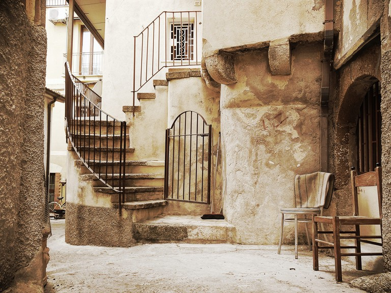 """Many towns and villages across southern Italy are facing similar issues with younger residents moving away   © <a href=""""https://www.flickr.com/photos/revolweb/21343647324/"""">Revol Web/Flickr</a>"""