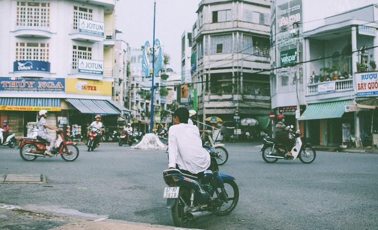 Xe om driver awaiting his next fare | © Dương Hoàng Dĩnh/Flickr