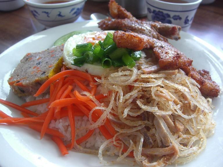 Broken Rice Dish | © Alpha/Flickr