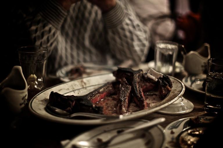 Peter Luger steak © Richard Schatzberger