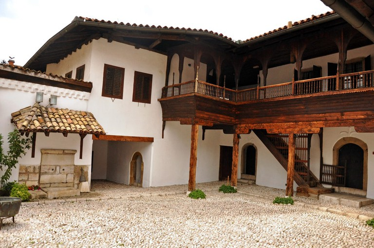 The Svrzo's House Courtyard | © Jennifer Boyer/Flickr