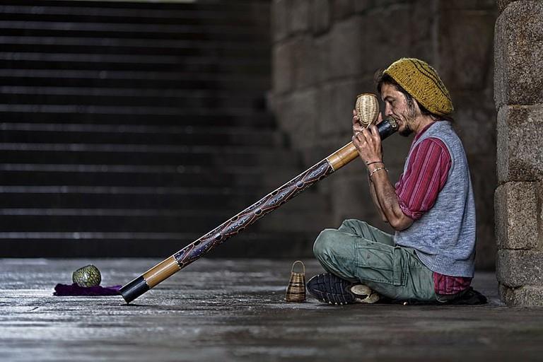 Didgeridoo Street Player