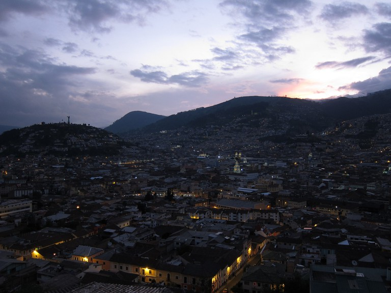 Sunset overlooking Quito | © Hans Johnson / Flickr
