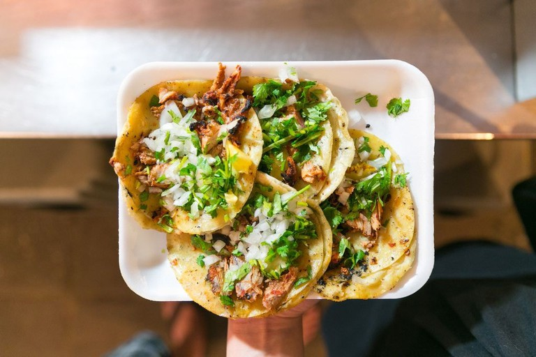 Tacos al pastor │