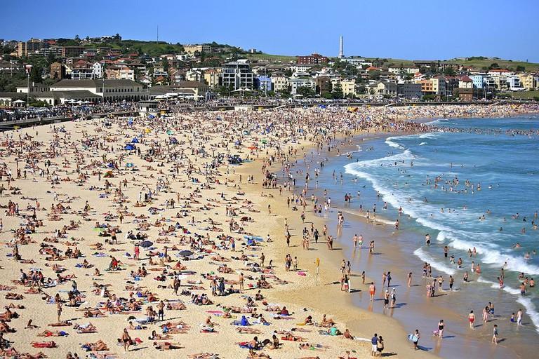 Bondi Beach   © Alex Proimos/Wikimedia Commons